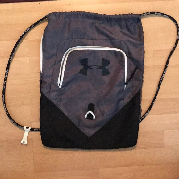 Under Armour Accessories   Drawstring Bag   Poshmark b376ca9242